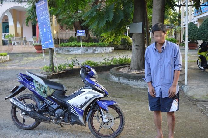 Đối tượng Phạm Thanh Bình tại cơ quan công an.