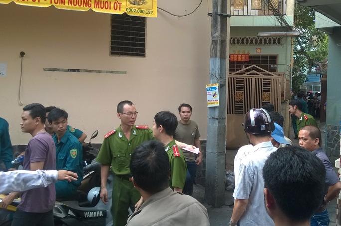Con hẻm 166 Lý Thái Tổ được công an phong tỏa để điều tra