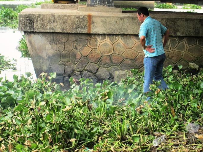 Phát hiện xác chết tại cầu Sắt Bình Lợi
