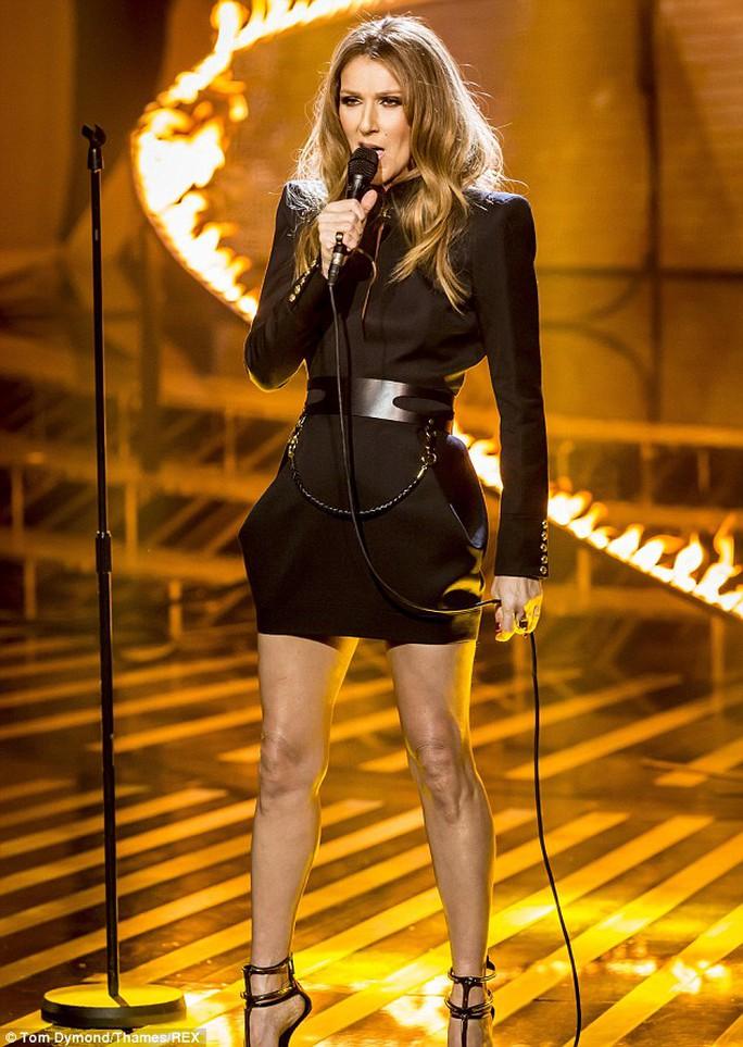 Celine Dion dừng sự nghiệp để chăm sóc chồng con