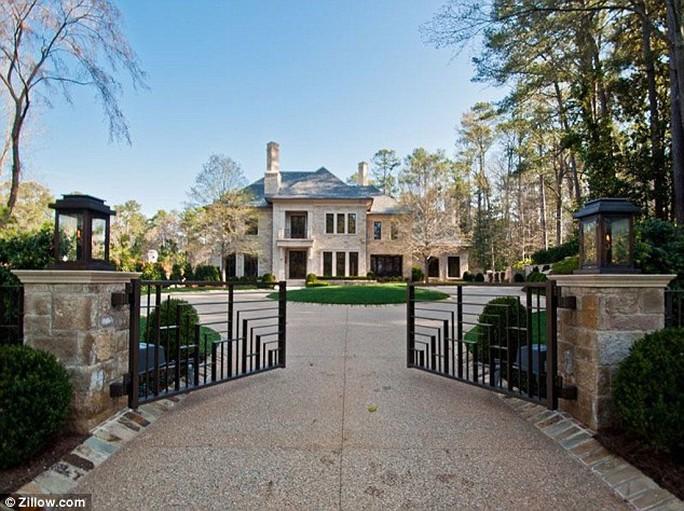 Justin được cho là đang xem xét một số bất động sản tại khu vực này