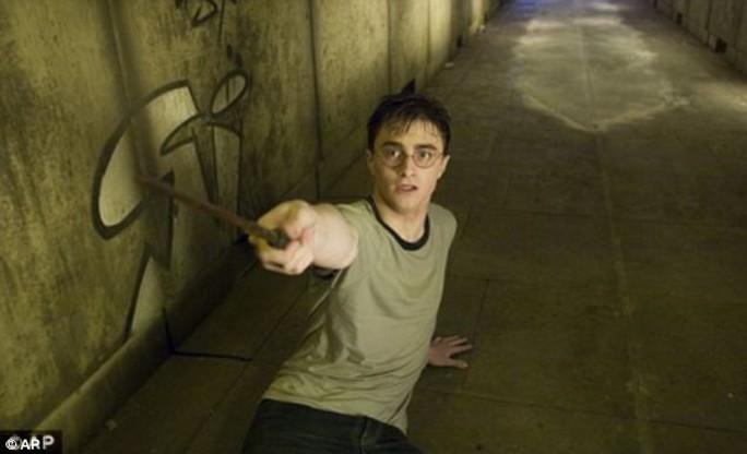 Đóng thế Daniel Radcliffe