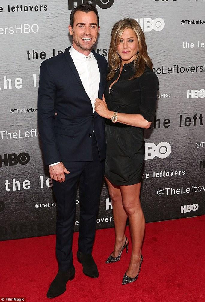 Jennifer Aniston hết lời khen ngợi Justin Theroux