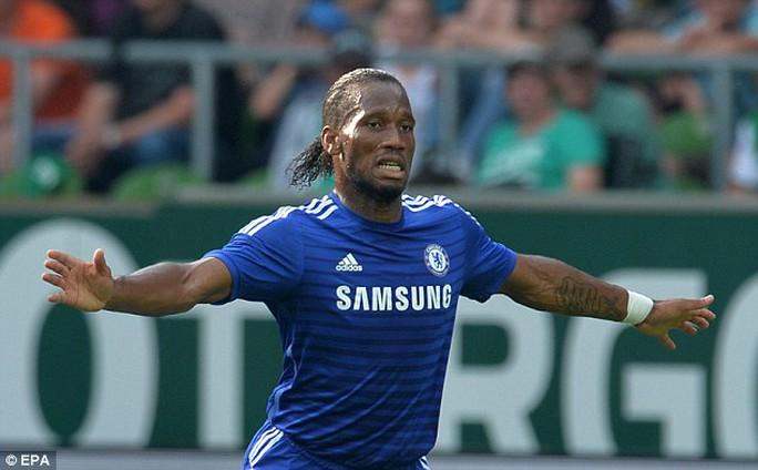 Drogba là mẫu trung phong rất được HLV Mourinho ưa thích khi còn thi đấu cho Chelsea