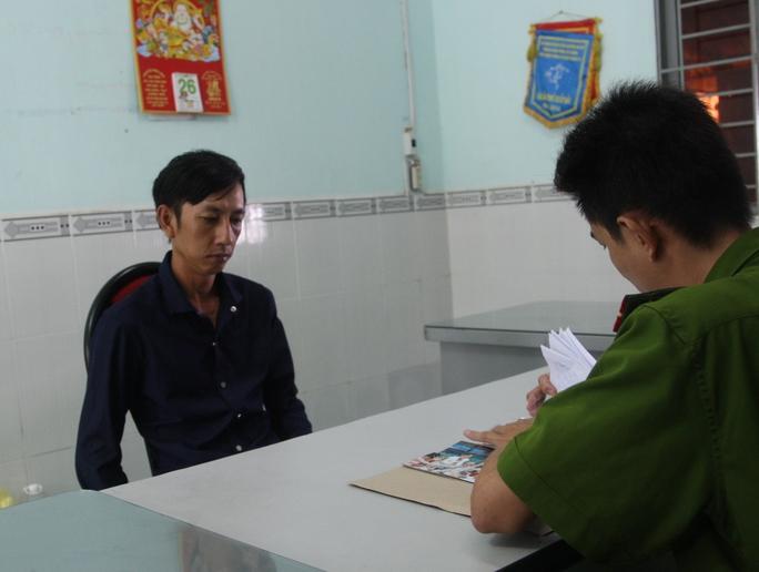 Công an đang lấy lời khai Trương Văn Huệ vào sáng 29-5