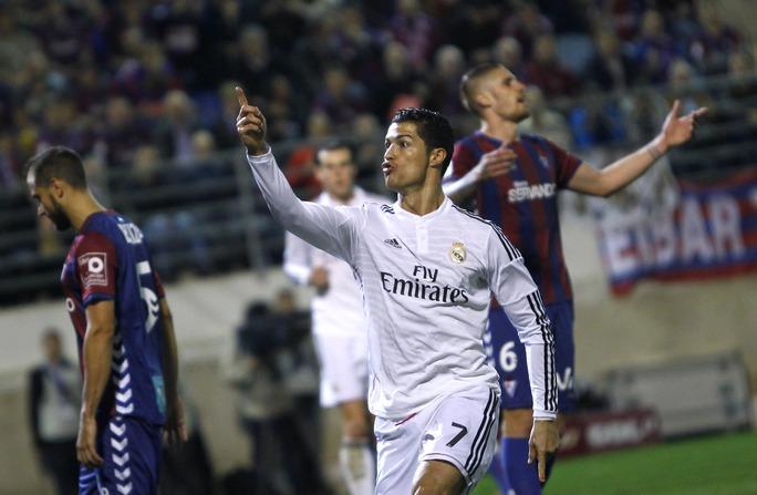 Messi gọi và Ronaldo đã trả lời