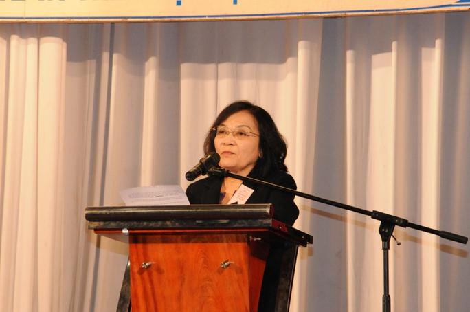 Bà Đồng Thị Ánh, Chủ tịch Hội Luẫt gia TP HCM bày tỏ thái độ trước việc Trung Quốc xâm phạm chủ quyền lãnh thổ Việt Nam.
