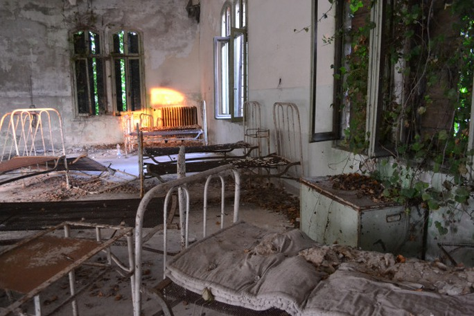 Một bệnh viện tâm thần từng được xây dựng tại hòn đảo này. Ảnh: Mental Floss