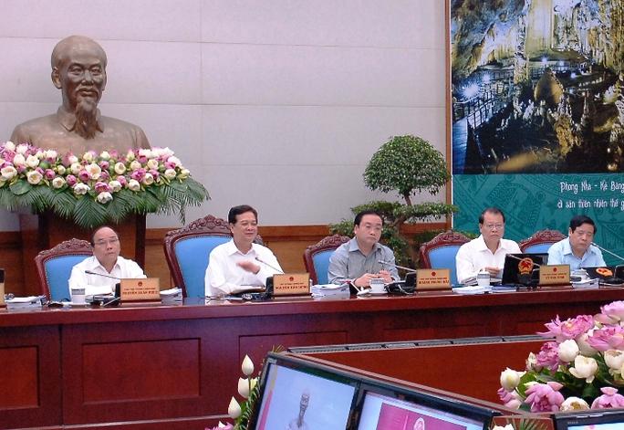 Thủ tướng Nguyễn Tấn Dũng giao các cơ quan chức năng tiếp tục củng cố, chuẩn bị hồ sơ để Trung ương Đảng xem xét, cân nhắc thực hiện kiện Trung Quốc