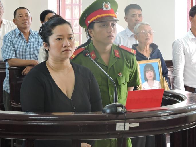 Lê Thị Hường trong phiên xét xử ngày 16-12