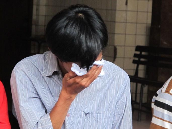 Anh trai Nguyễn Hoàng Nhân chết lặng sau khi nhìn thi thể em mình