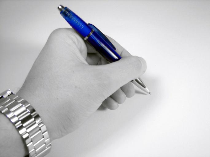 Người thuận tay trái có đời sống tình dục thỏa mãn hơn người chỉ thuận tay phải. Ảnh: Wordpress