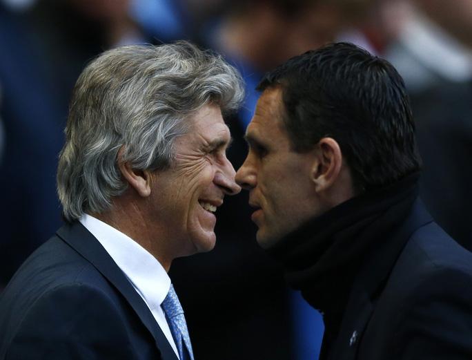 HLV Man City và ông Gus Poyet, HLV của Sunderland