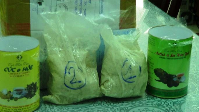Tiền chất để sản xuất ma túy đá được ngụy trang trong những hộp thực phẩm để xuất qua Úc, bị Hải quan phát hiện và bắt giữ.