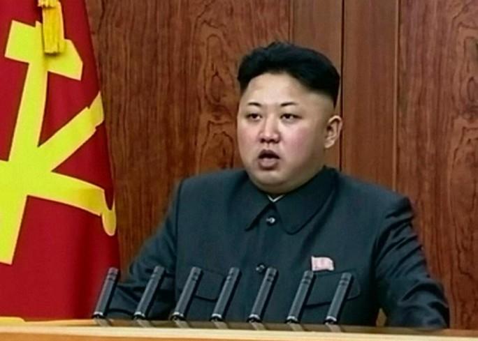 Đàn ông Triều Tiên buộc phải để tóc giống nhà lãnh đạo Kim Jong-un. Ảnh: AP