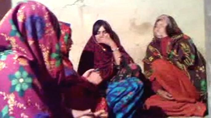 Những người phụ nữ xuất hiện trong đoạn video nhảy múa cùng đàn ông bị giết chết năm 2012. Ảnh: BBC