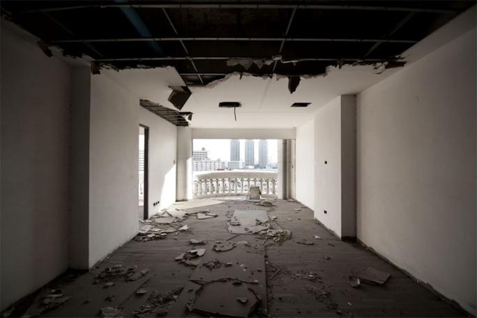 Sự mục ruỗng từ bên trong... Ảnh: unusualplaces.org