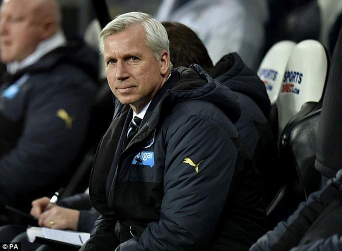 Quyết định của ông Pardew có phần bất ngờ đối với người hâm mộ Newcastle