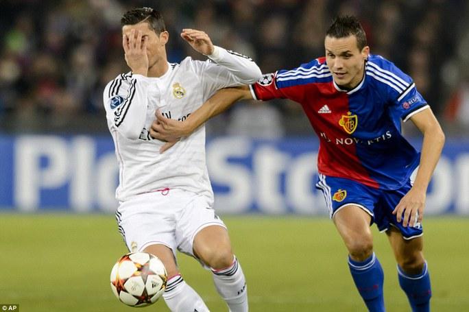 Ronaldo là tâm điểm của trận đấu Real Madrid - Basel