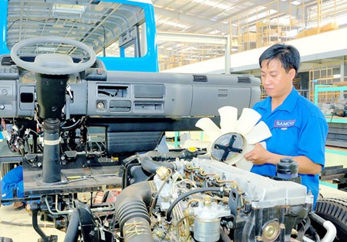 Bác thông tin Việt Nam xuất khẩu cử nhân thất nghiệp - Ảnh 1.
