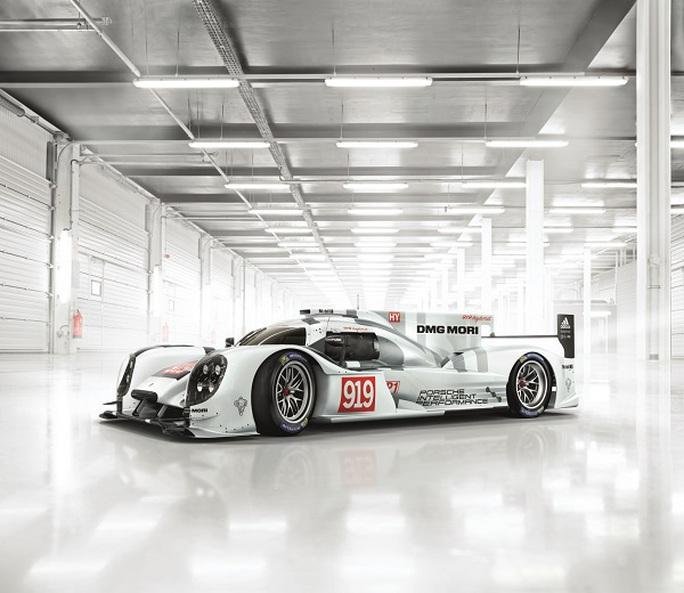 Sự xuất hiện của siêu xe Porsche 919 Hybrid