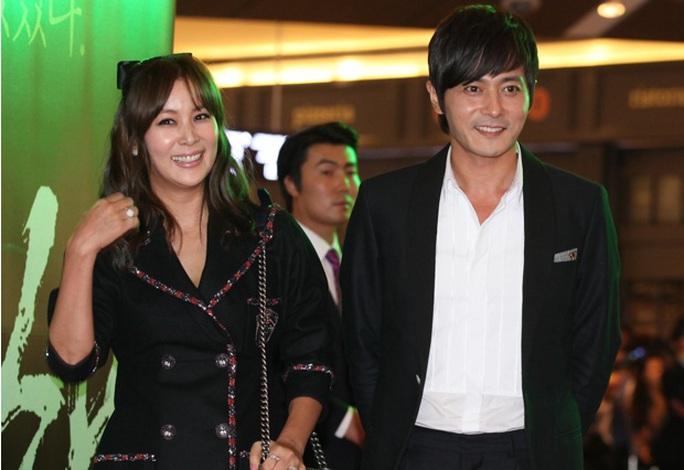 Vợ chồng Jang Dong Gun
