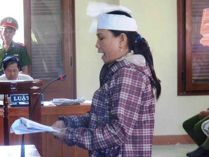 Bà Ngô Thị Tuyết yêu cầu khởi tố ông Lê Đức Hoàn 3 tội danh