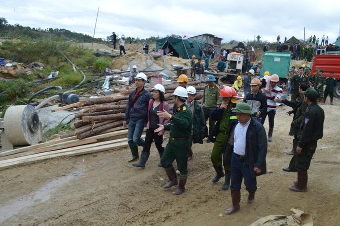 Bà Trương Thị Mai, Chủ nhiệm Ủy ban các vấn đề xã hội của quốc hộiđã đến thị sát hiện trường vụ tai nạn trong sáng 19-12