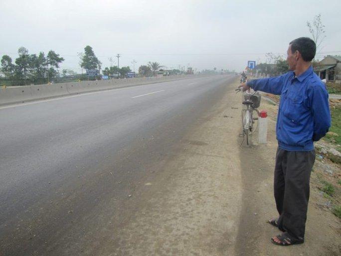 Sau khi tông chết ông Trần Sĩ Hùng, tài xế bỏ chạy khỏi hiện trường