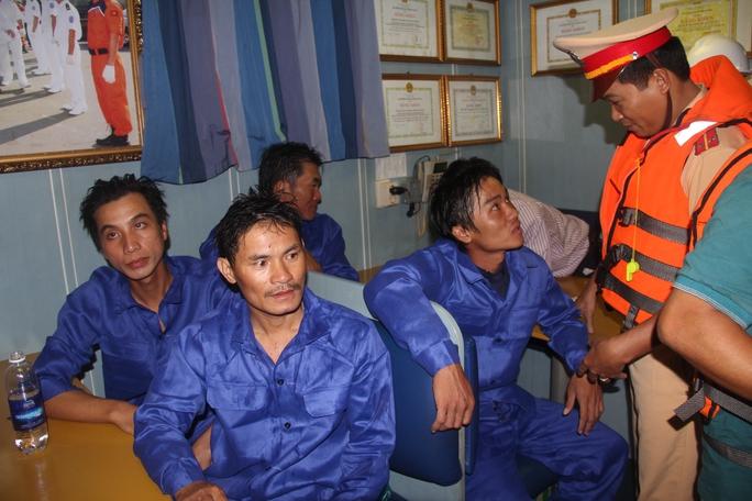 Thuyền viên tàu cá QNg 55985
