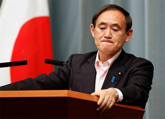 Chánh văn phòng Nội các Nhật Yoshihide Suga. Ảnh: Reuters