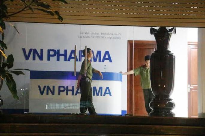 Công an khám xét trụ sở VNPharma