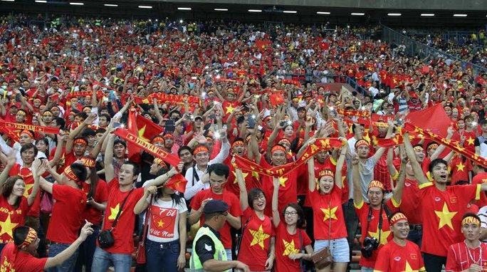 Hàng vạn CĐV Việt Nam sẽ cháy hết mình vì đội tuyển