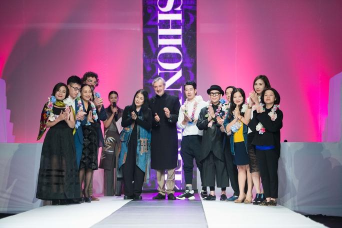 Các nhà thiết kế tham gia tuần lễ thời trang xuân hè 2015