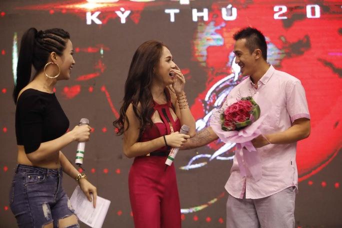 """Đội Hương Giang Idol chiến thắng """"Cuộc đua kỳ thú"""" 2014"""