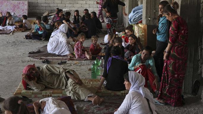 Mối đe dọa từ nhóm Hồi giáo cực đoan đã khiến 130.000 người Iraq phải bỏ chạy. Ảnh: Reuters
