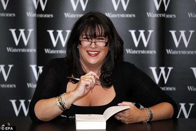Nữ nhà văn EL James, tác giả tiểu thuyết 50 sắc thái