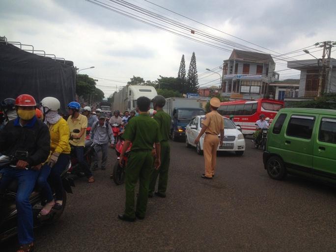 Tai nạn kinh hoàng, 2 nữ sinh thương vong