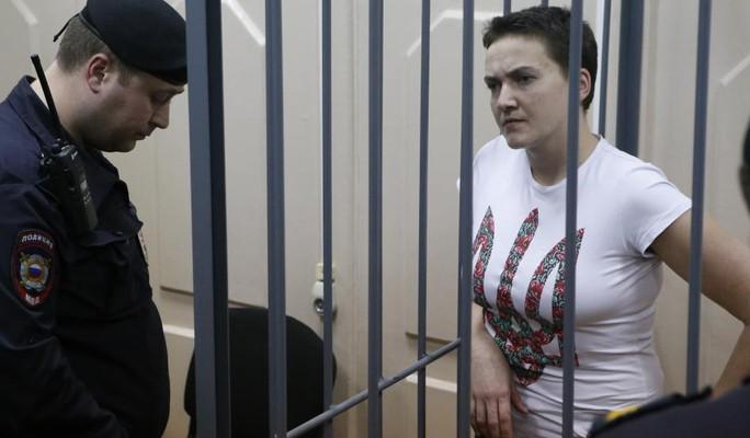 Nữ phi công Ukraine Nadia Savchenko  đang bị giam ở Moscow. Ảnh: Reuters