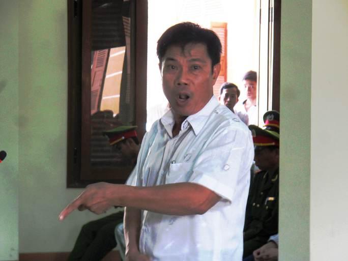 Tại phiên tòa phúc thẩm 9-7-2014, ông Lê Đức Hoàn còn lớn tiếng cho rằng mình không có tội