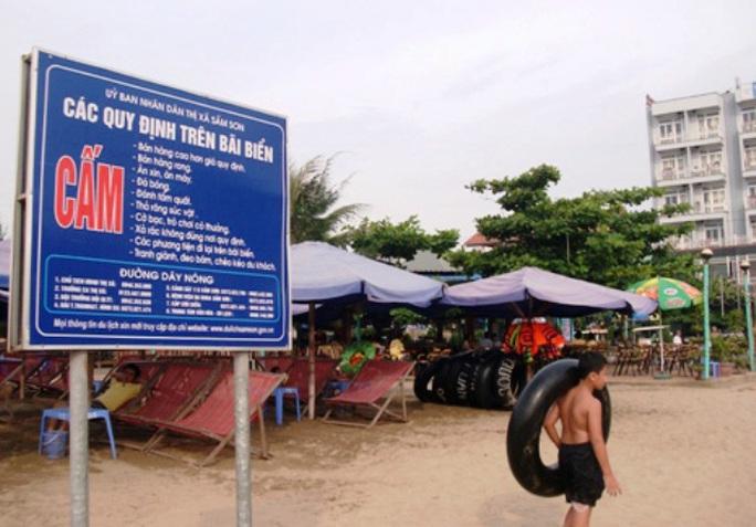 9 không được cắm tại các bãi tắm ở Sầm Sơn - Thanh Hóa
