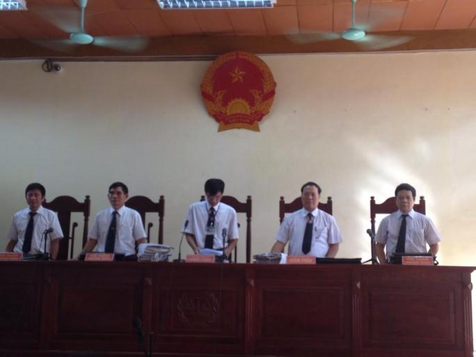 Hội đồng xét xử