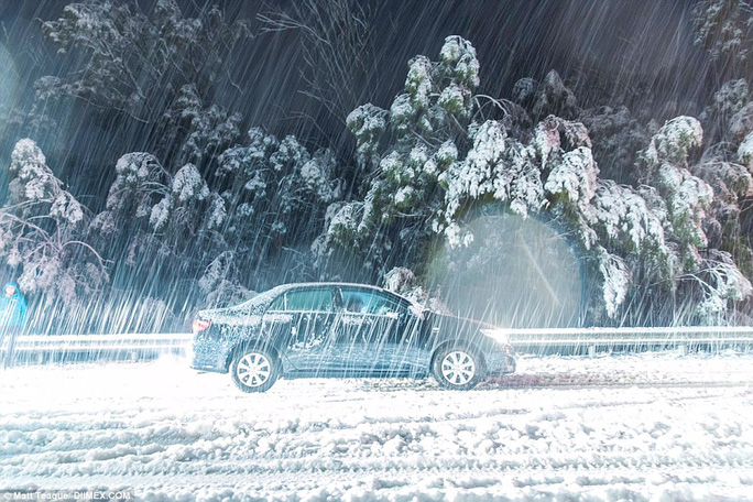 Traffic has been at a standstill for over two and a half hours in the Southern Highlands, 14 kilometres north of Berrima, New South Wales