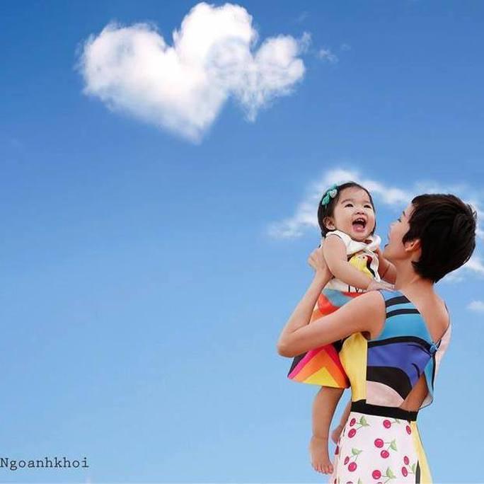 Xuân Lan và con gái
