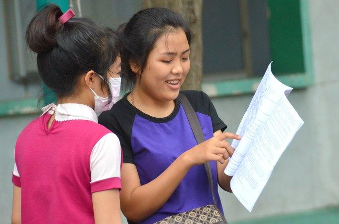 Thí sinh tham dự kỳ thi THPT quốc gia 2015 tại Trường ĐH Sài Gòn Ảnh: TẤN THẠNH