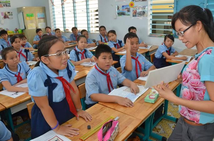 Giờ học của học sinh lớp 5 tại một trường tiểu học tại TP HCM Ảnh TẤN THẠNH