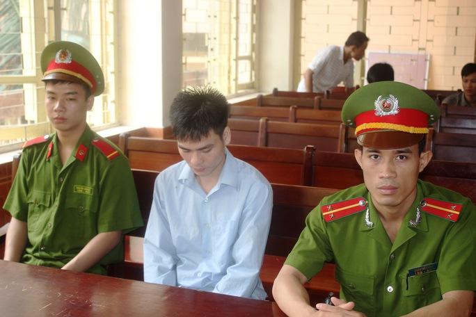Lý Nguyễn Chung tại phiên tòa sơ thẩm TAND tỉnh Bắc Giang