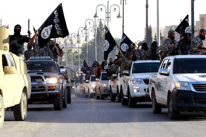 Các thành viên IS tại TP Raqqa - Syria Ảnh: REUTERS