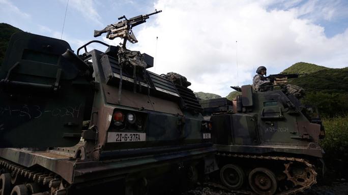 Mỹ gửi tiểu đoàn pháo binh mạnh đến Hàn Quốc. Ảnh: Reuters