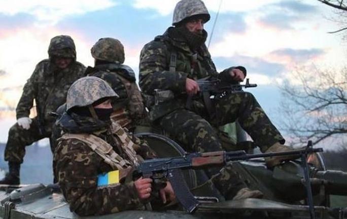 Quân chính phủ Ukraine chiều 4-6 tuyên bố đã ổn định tình hình ở Marinka Ảnh: KORRESPONDENT.NET
